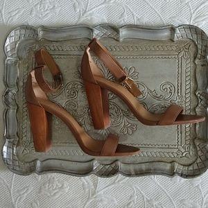 J.Crew chunky wood heel tan leather 7.5 ankle stra